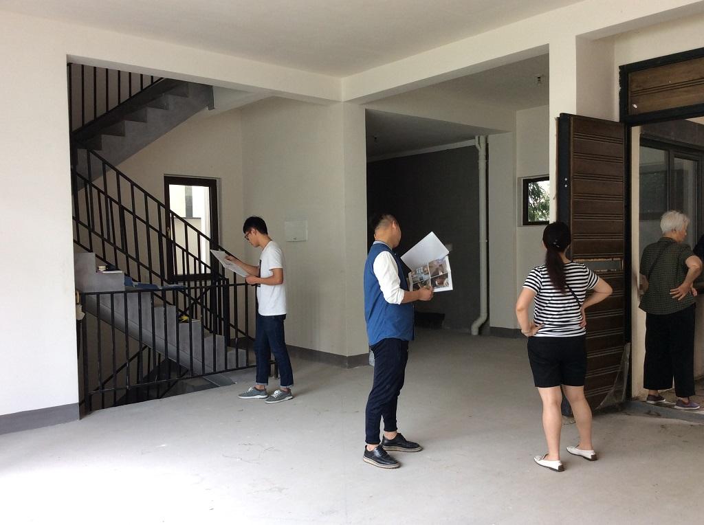 今日は一日中、中国蘇州の別荘宅のデザインをプランニングしています;