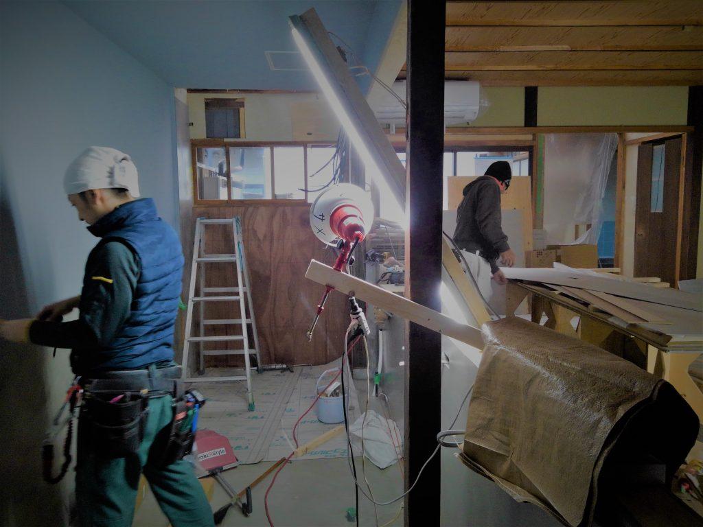 京都・北区のフレンチレストランは、ずんずん進んでおりますが、本日は亀岡の家具屋さんとお打合せ。;