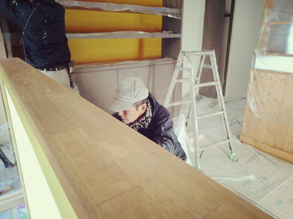 12月末から着工致しました御池エリアのカレー屋さん。工事も順調に進んでおり仕上げ作業に取り掛かっております!!;