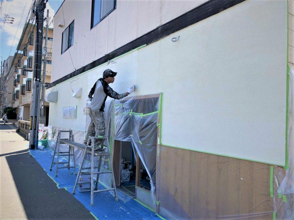 京都山科のすし秀さん、本日外部の塗装でございました!;