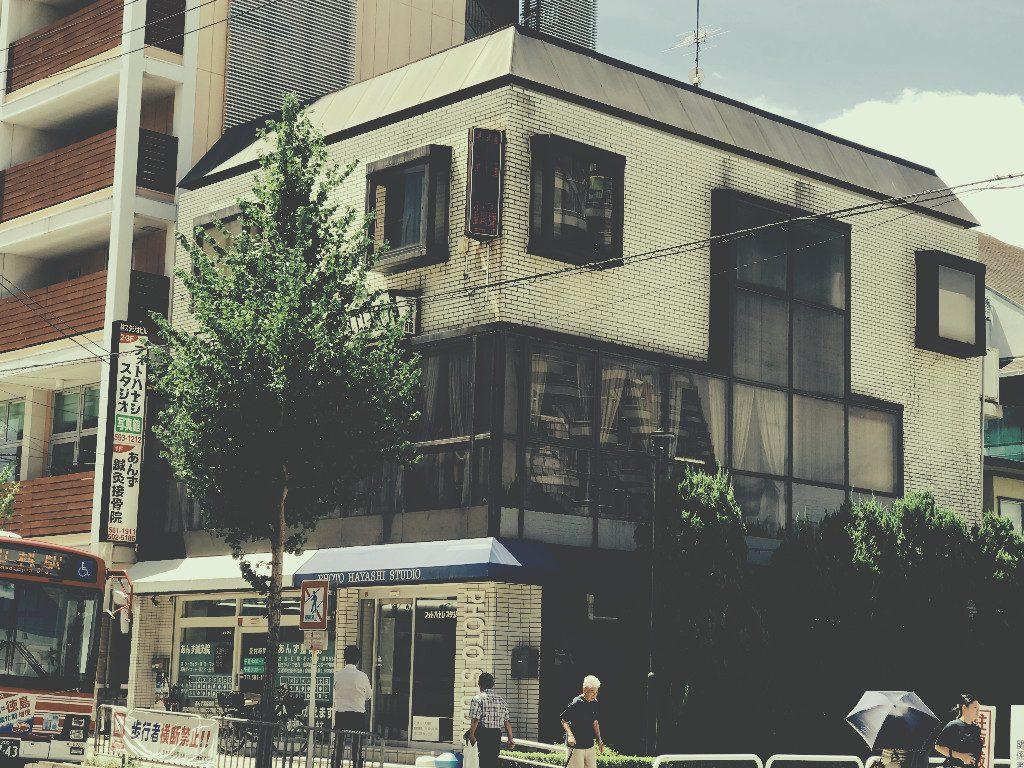 京都山科のフォトスタジオでは足場が解体され、外観のお披露目です!;