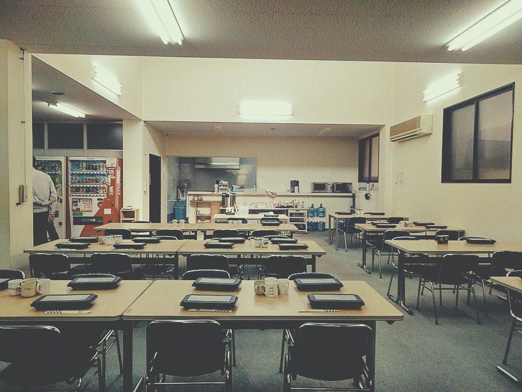「フジヤマ技研」様にて社員食堂改装工事が始まっております;