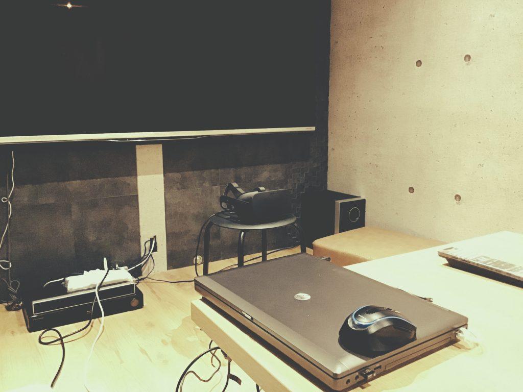 事務所の打ち合わせスペースが少し進化しました。;