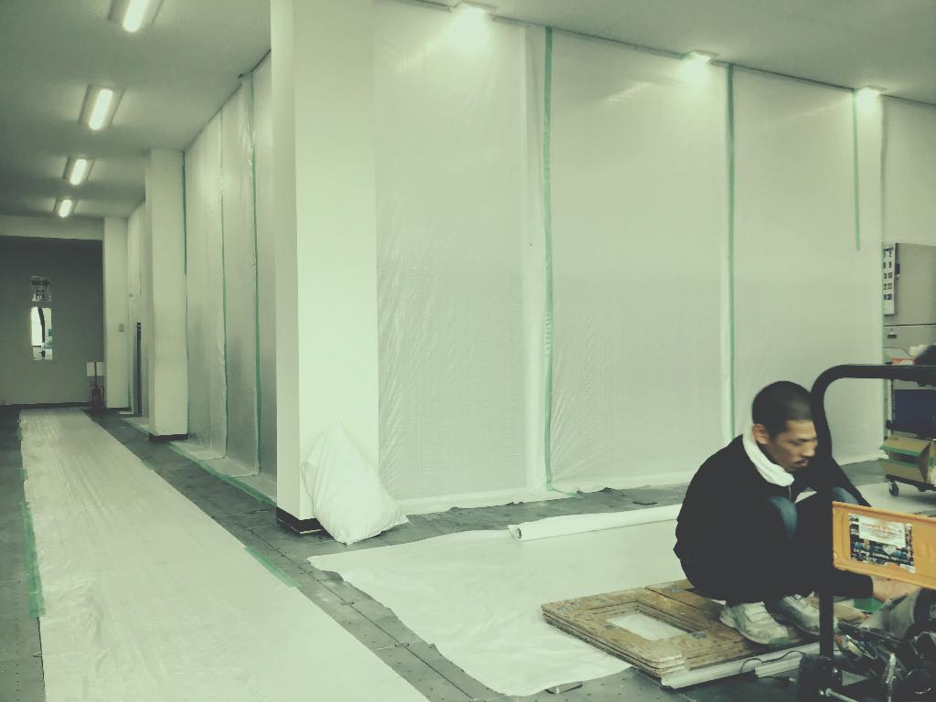 フジヤマ技研様事務所改装工事は佳境でございます。;